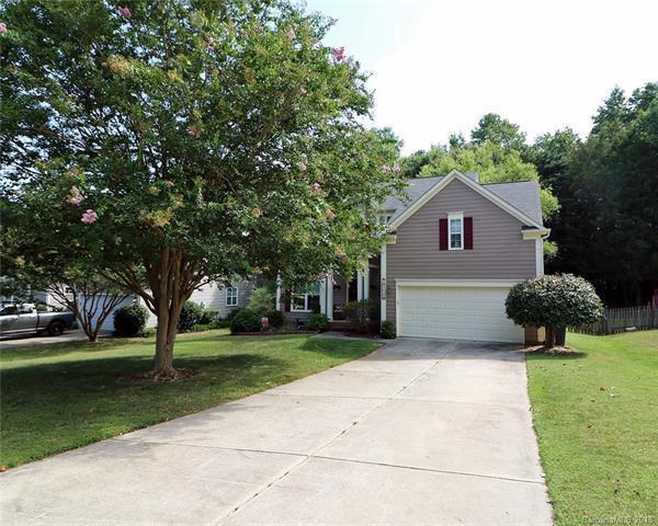 8618 Sam Dee Road, Charlotte, NC 28215 (#3414968) :: Besecker Homes Team