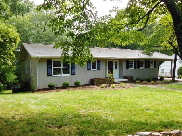 919 5th Avenue NW, Hickory, NC 28601 (#3415029) :: The Temple Team