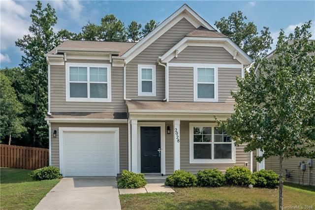 2028 Verde Creek Road, Charlotte, NC 28214 (#3415179) :: Exit Mountain Realty