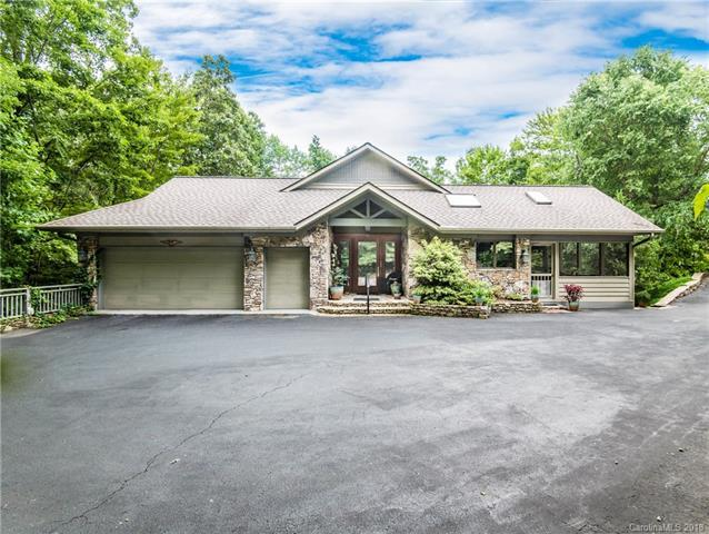 117 Little Cherokee Ridge, Hendersonville, NC 28739 (#3415300) :: High Performance Real Estate Advisors