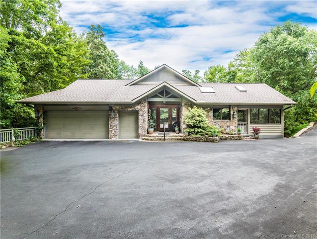 117 Little Cherokee Ridge, Hendersonville, NC 28739 (#3415324) :: High Performance Real Estate Advisors