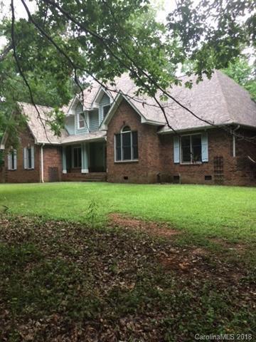10800 Tara Oaks Drive, Charlotte, NC 28227 (#3415330) :: Besecker Homes Team