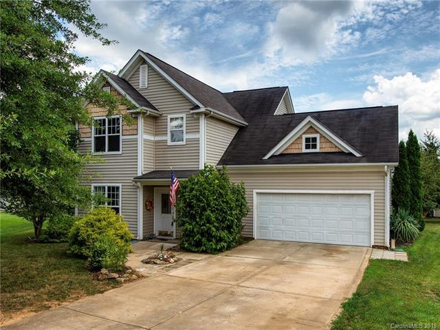 1002 Chastain Circle, Indian Trail, NC 28079 (#3415399) :: Besecker Homes Team