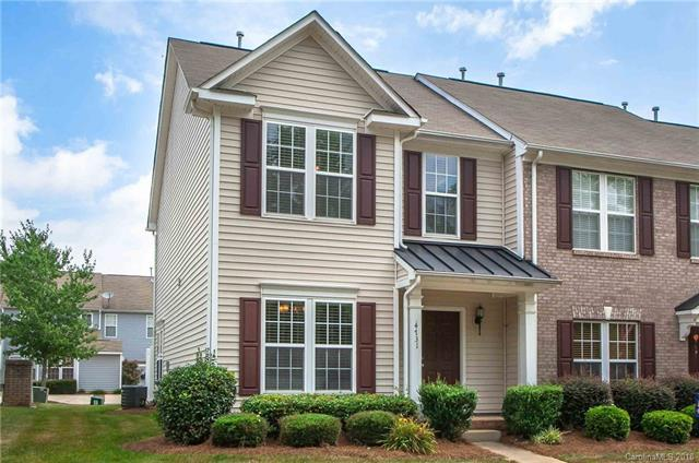 4731 Forestridge Commons Drive, Charlotte, NC 28269 (#3415551) :: The Sarver Group
