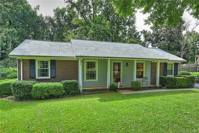 6031 Charing Place #98, Charlotte, NC 28211 (#3415586) :: Keller Williams South Park
