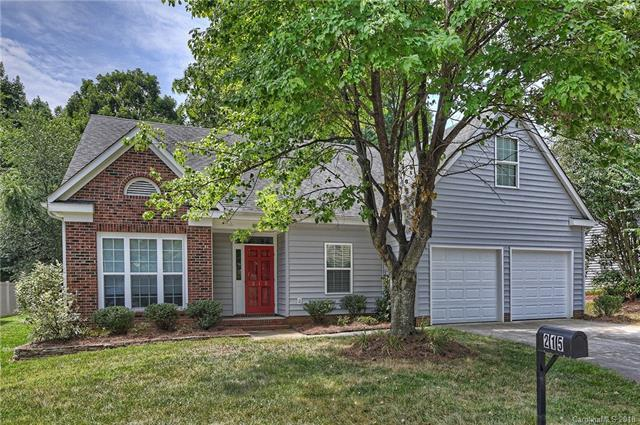 215 Southhaven Drive, Mooresville, NC 28117 (#3415711) :: Puma & Associates Realty Inc.