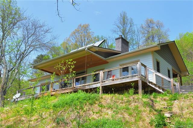 261 Moody Cove Road, Weaverville, NC 28787 (#3415935) :: Puffer Properties