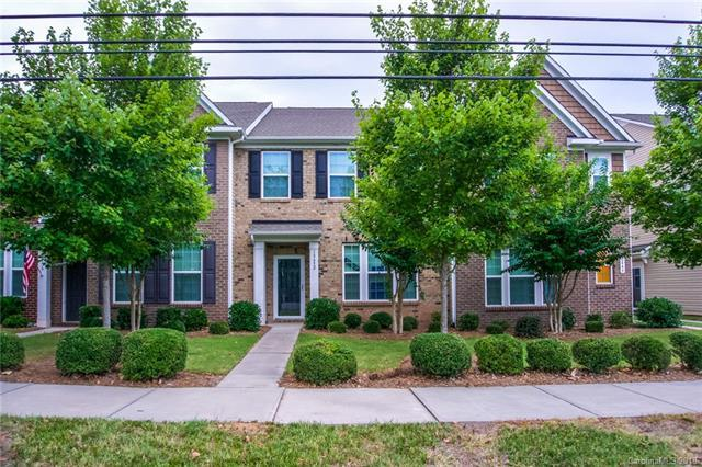 18452 Catawba Avenue, Cornelius, NC 28031 (#3416021) :: LePage Johnson Realty Group, LLC