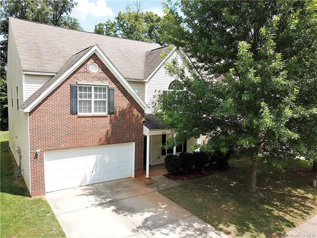2026 Aberglen Drive, Charlotte, NC 28262 (#3416032) :: Rowena Patton's All-Star Powerhouse powered by eXp Realty LLC