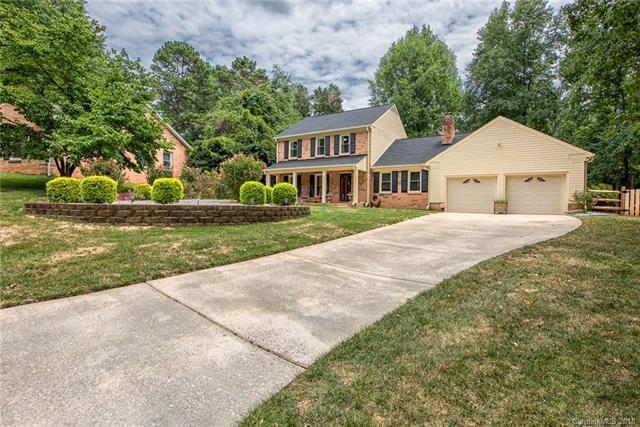 8806 Tree Haven Drive, Charlotte, NC 28270 (#3416044) :: Keller Williams South Park