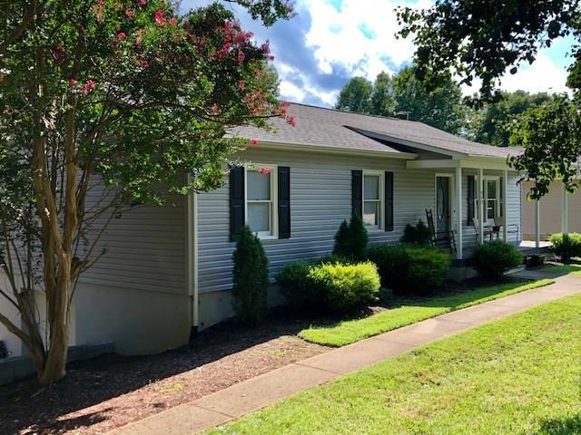 940 Cloninger Mill Road NE, Hickory, NC 28601 (#3416234) :: The Sarver Group