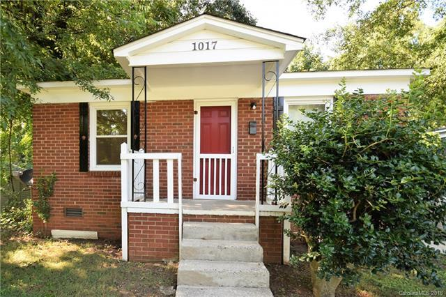 1017 Justice Avenue, Charlotte, NC 28206 (#3416322) :: Miller Realty Group