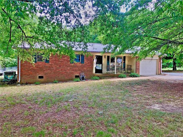 122 Fox Trail Road, Oakboro, NC 28129 (#3416438) :: Zanthia Hastings Team