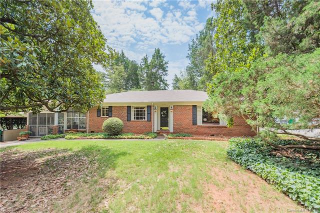 1201 Greylyn Drive, Charlotte, NC 28226 (#3416525) :: Exit Mountain Realty