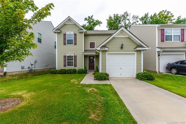 4813 Bryn Athyn Court, Charlotte, NC 28269 (#3416546) :: The Ramsey Group