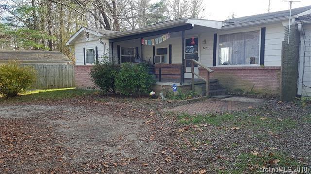 620-622 Fitzsimmons Street, Hendersonville, NC 28792 (#3416710) :: MECA Realty, LLC