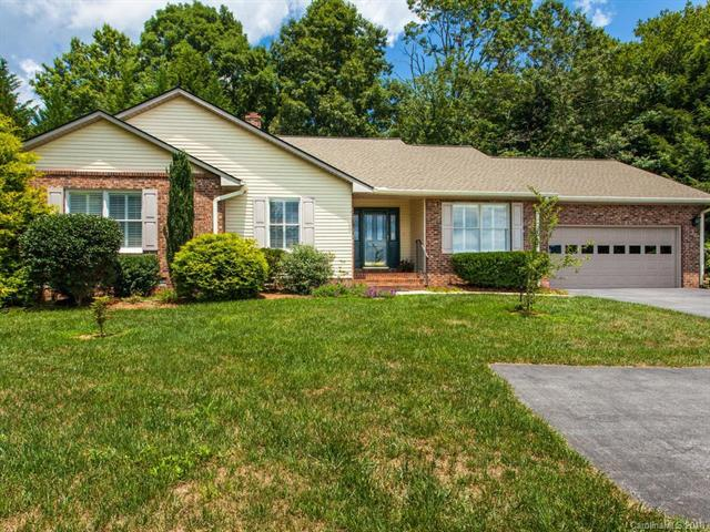 20 Golf View Drive, Etowah, NC 28729 (#3416742) :: Exit Mountain Realty