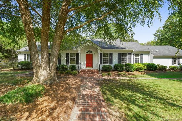 211 Country Club Drive, Rock Hill, SC 29730 (#3416803) :: Exit Mountain Realty