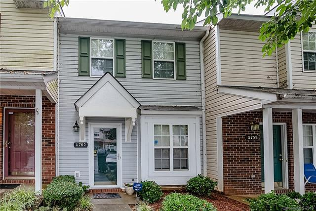 11762 Blue Tick Court, Charlotte, NC 28269 (#3416825) :: High Performance Real Estate Advisors