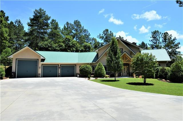 2224 Paradise Harbor Drive W, Connelly Springs, NC 28612 (#3417194) :: MartinGroup Properties