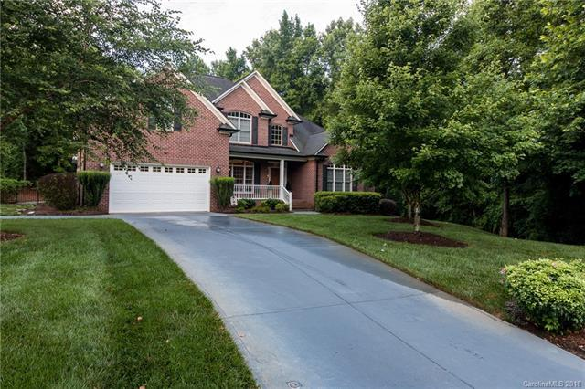 5010 Harstowe Court, Cramerton, NC 28032 (#3418041) :: Charlotte Home Experts