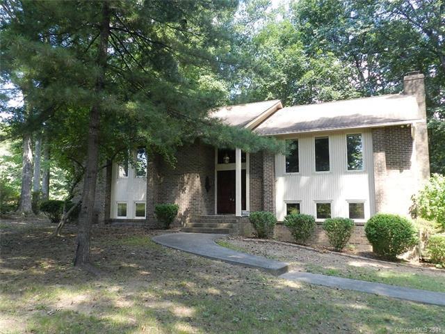 2727 Pleasant Ridge Road, Summerfield, NC 27358 (#3418275) :: Caulder Realty and Land Co.