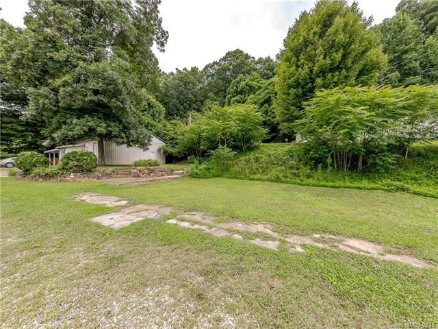 5413 Greenville Highway, Zirconia, NC 28790 (#3418654) :: RE/MAX RESULTS