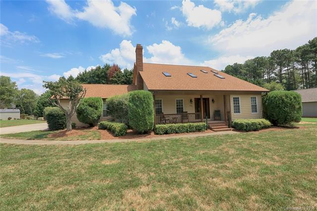 243 Yacht Road, Mooresville, NC 28117 (MLS #3418760) :: RE/MAX Impact Realty