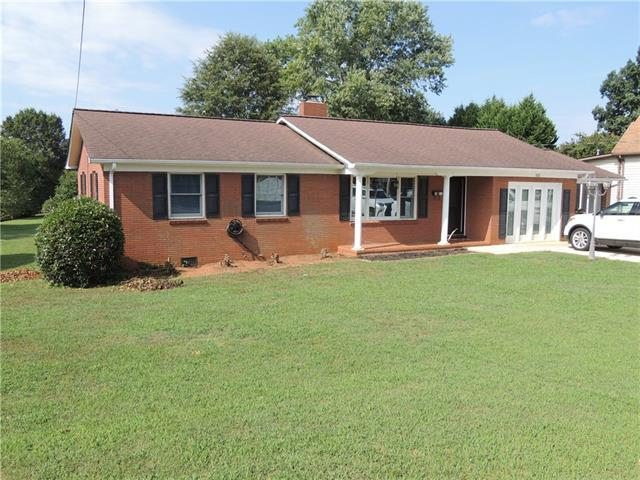 812 Boyd Street, Maiden, NC 28650 (#3418816) :: Exit Mountain Realty
