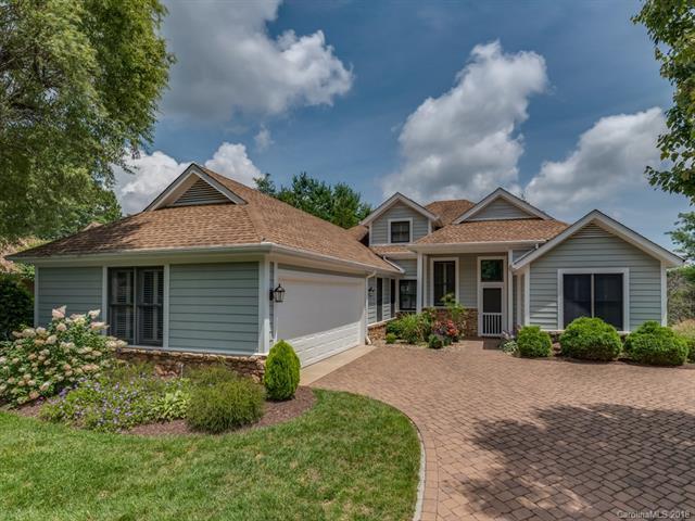 2 Spring Ridge Lane, Hendersonville, NC 28739 (#3419013) :: Rinehart Realty
