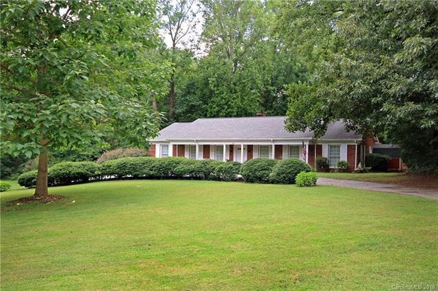 100 Brookmeade Drive, Statesville, NC 28625 (#3419343) :: LePage Johnson Realty Group, LLC