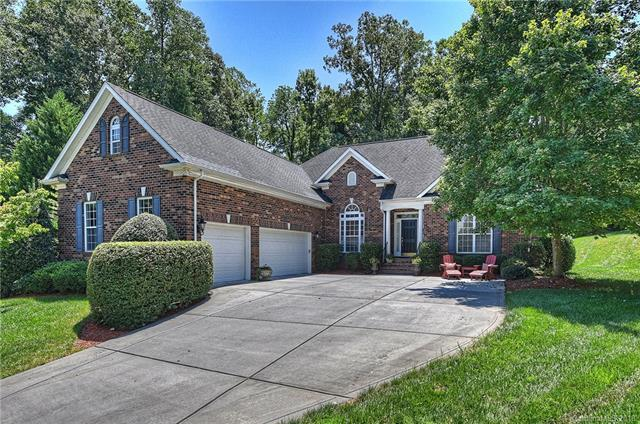 724 Reverdy Court, Fort Mill, SC 29708 (#3419460) :: Exit Mountain Realty