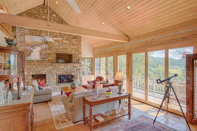 459 Rockcliffe Lane, Clyde, NC 28721 (#3419464) :: Puffer Properties