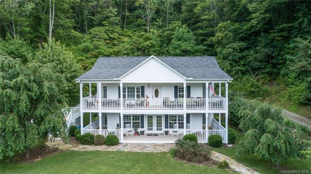 223 Smokey Holler, Mars Hill, NC 28754 (#3419898) :: Roby Realty