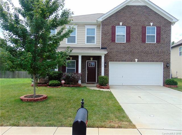 10920 Tower Oak Drive, Charlotte, NC 28269 (#3419956) :: Charlotte Home Experts