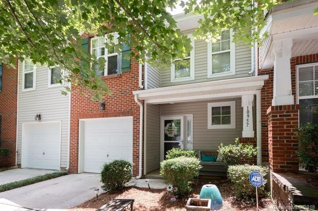 10957 Princeton Village Drive, Charlotte, NC 28277 (#3419993) :: The Andy Bovender Team