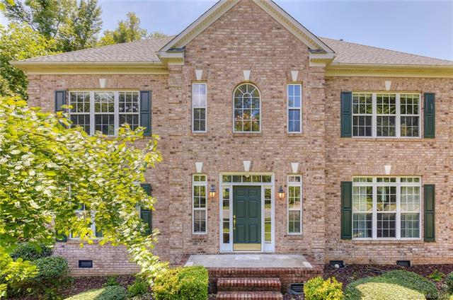 1717 Turning Leaf Court, Charlotte, NC 28262 (#3420057) :: The Ramsey Group