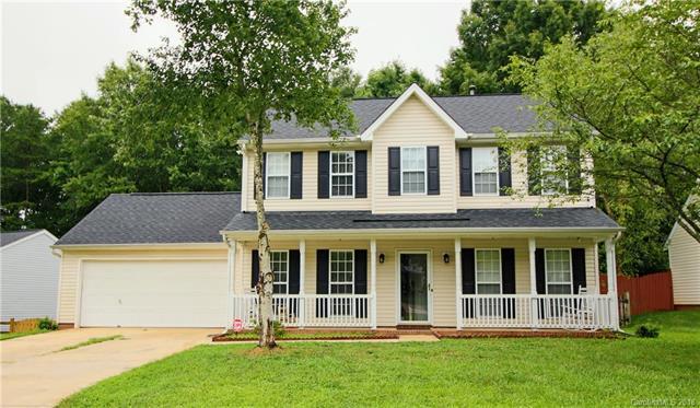 13108 Woodland Farm Drive, Charlotte, NC 28215 (#3420235) :: Rinehart Realty