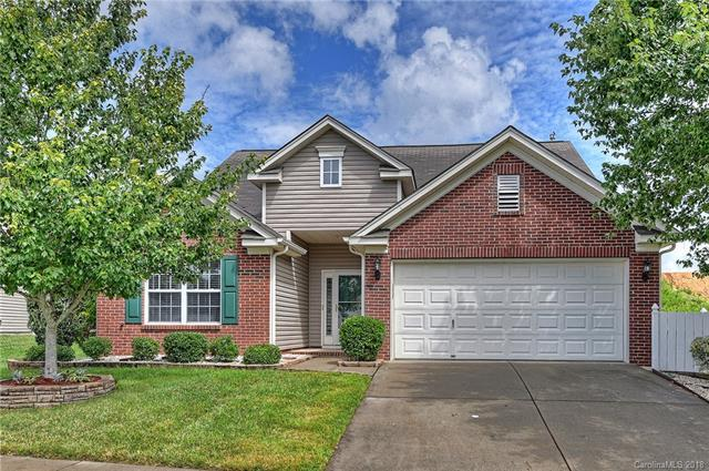 4016 Lawrence Daniel Drive, Matthews, NC 28104 (#3420491) :: MartinGroup Properties