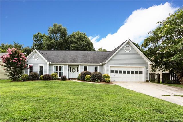 13630 Quixley Lane, Charlotte, NC 28273 (#3420607) :: Zanthia Hastings Team