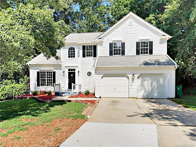 7801 Royce Hall Lane, Charlotte, NC 28216 (#3420973) :: Exit Mountain Realty