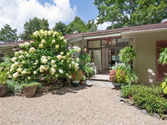 44 Meadow Lane, Fairview, NC 28730 (#3421309) :: Keller Williams Biltmore Village