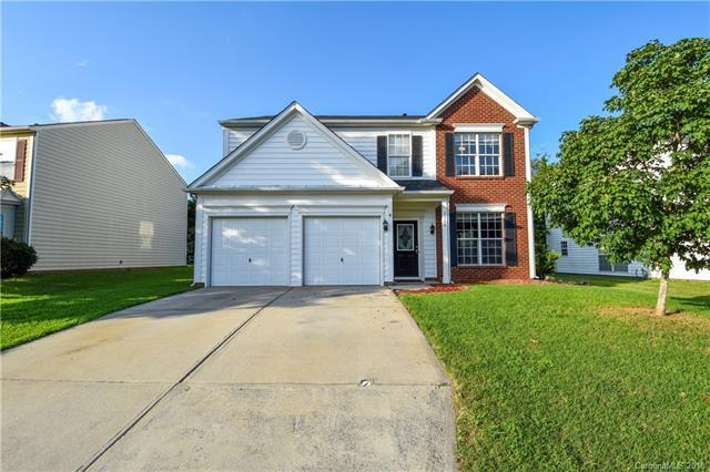 5654 Bentgrass Run Drive, Charlotte, NC 28269 (#3421627) :: The Ramsey Group
