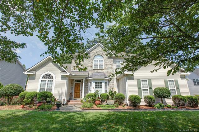 10139 Loganberry Trail, Charlotte, NC 28262 (#3421696) :: The Ramsey Group