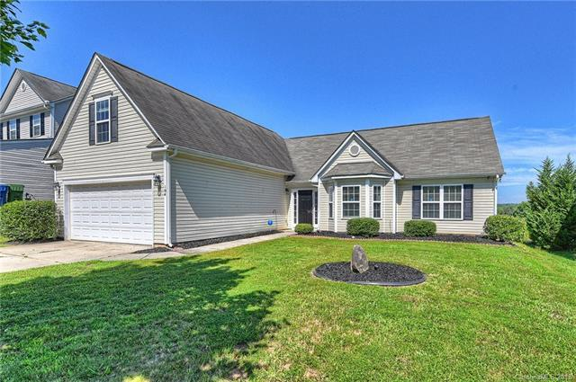 104 Ashton Bluff Circle, Mount Holly, NC 28120 (#3421703) :: Odell Realty Group