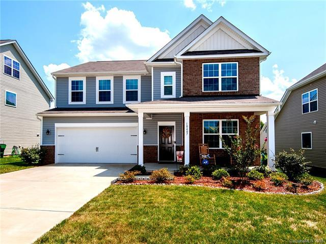 10407 Paisley Abbey Lane, Charlotte, NC 28273 (#3421957) :: The Ramsey Group