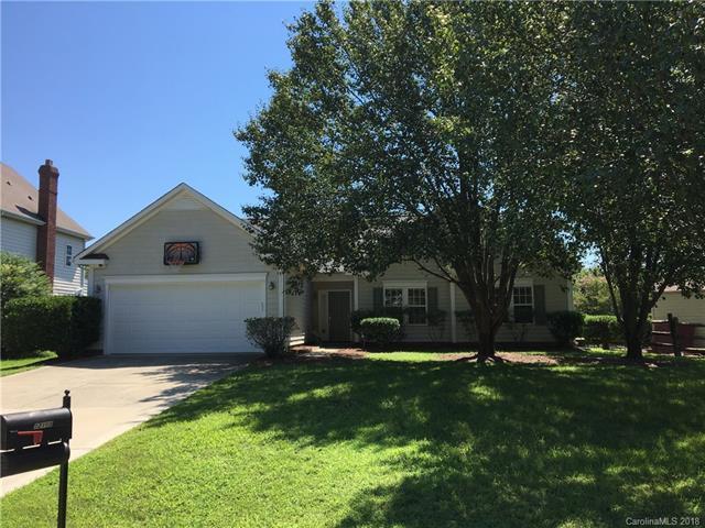 12108 Wild Garden Court #85, Charlotte, NC 28269 (#3422051) :: Besecker Homes Team