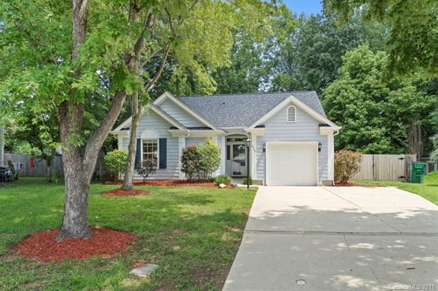 8549 Langley Mill Court, Charlotte, NC 28215 (#3422135) :: LePage Johnson Realty Group, LLC