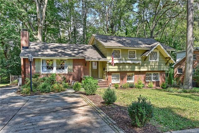 215 Manning Drive, Charlotte, NC 28209 (#3422212) :: High Performance Real Estate Advisors