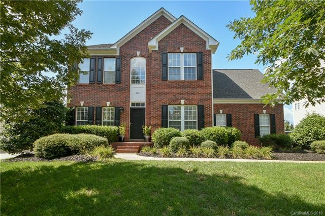 6819 Augustine Way, Charlotte, NC 28270 (#3422244) :: The Ramsey Group